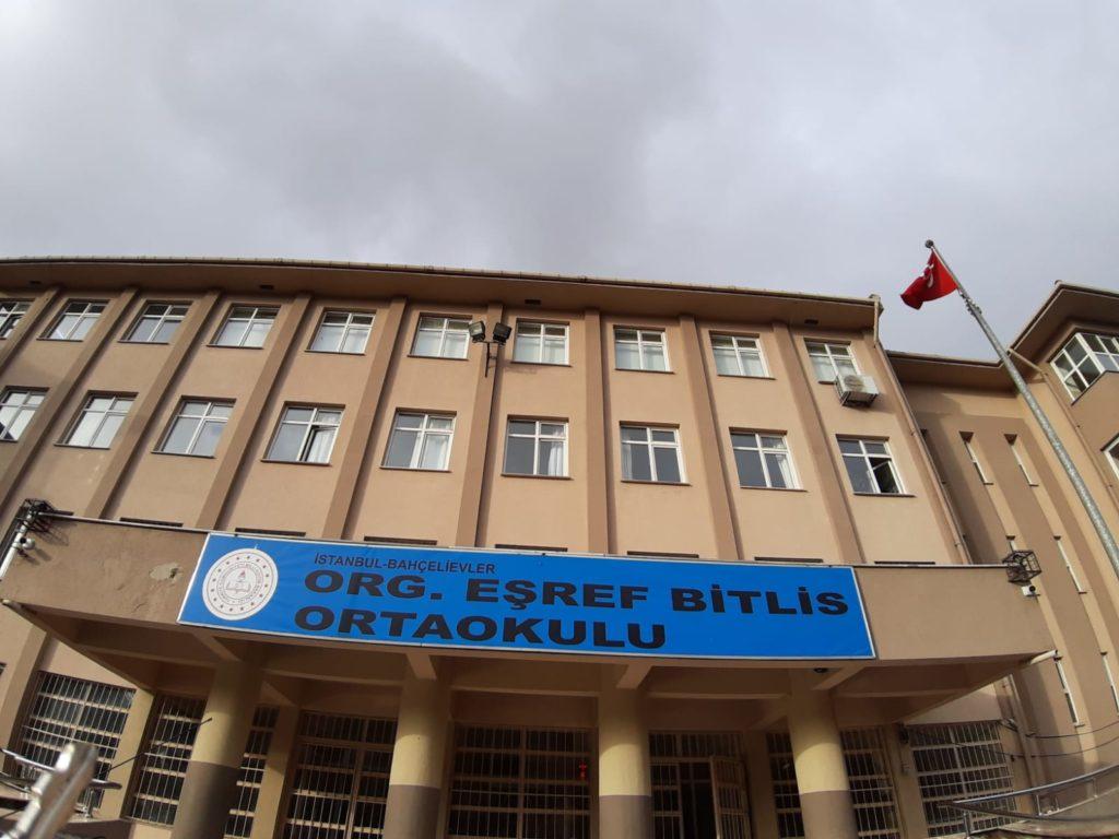 Eşref Bitlis Ortaokulu